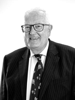 Dr Andrew Fergusson